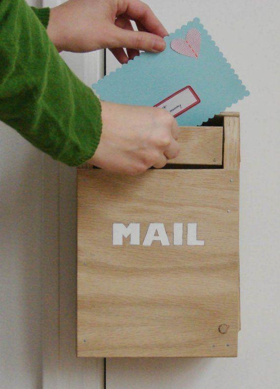 Door Hanging Mailbox.