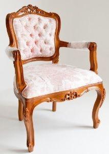 Cadeira Luis XV madeira com estampa provençal floral , veja mais www.donamix.com.br