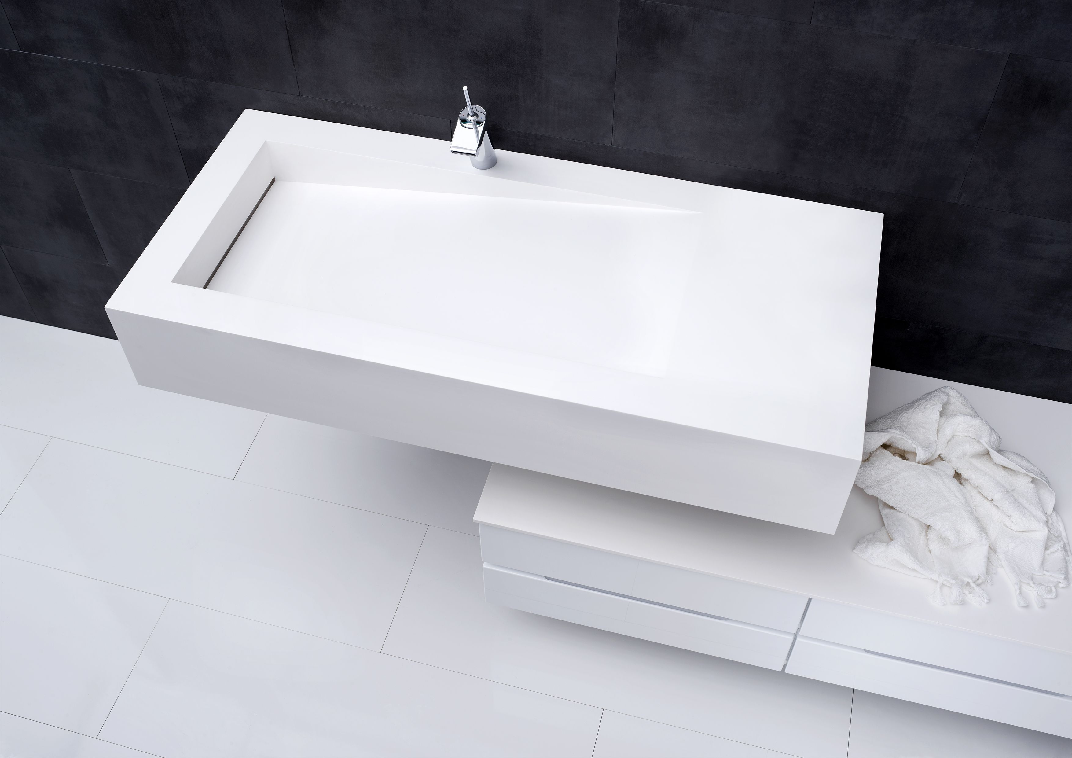 Square design sink from Kvik - Bath | Pinterest - Badkamer ...