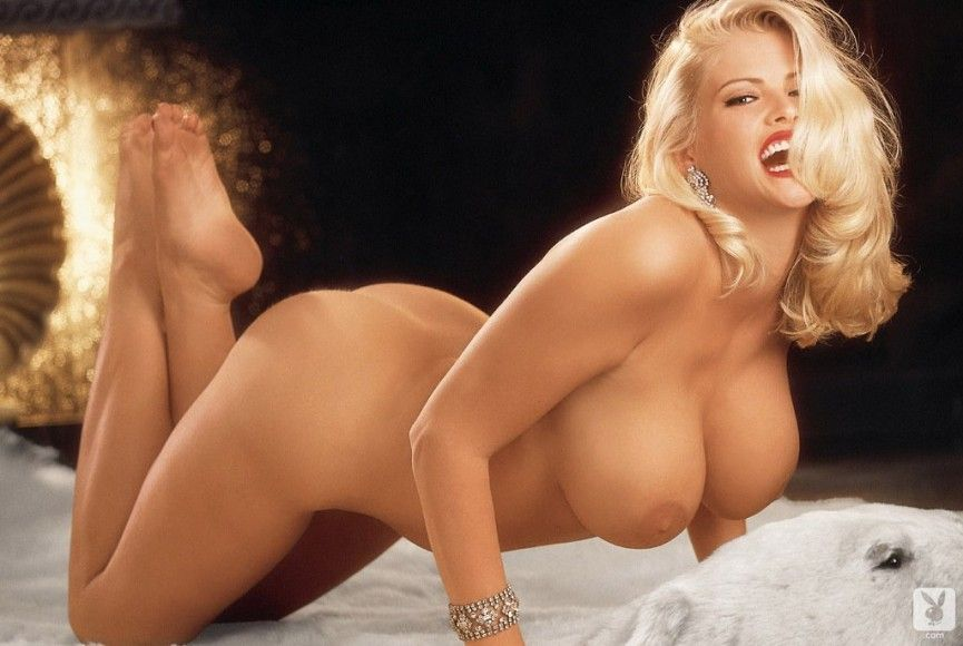 Anna nicole smith playboy naked