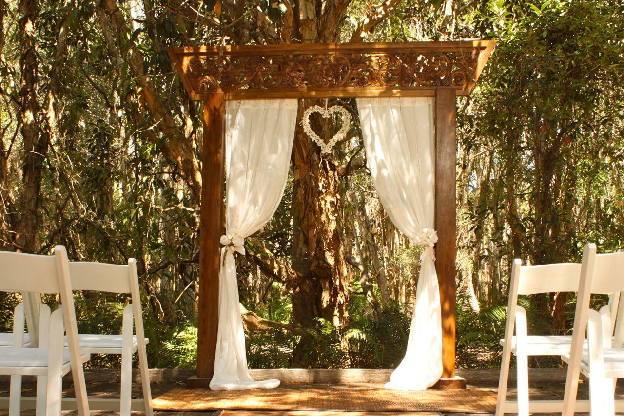 les 25 meilleures id es de la cat gorie arche en bois sur pinterest arches de mariage. Black Bedroom Furniture Sets. Home Design Ideas