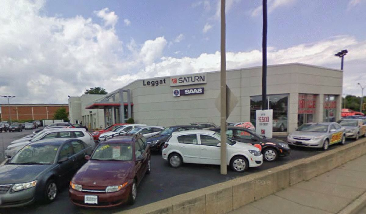 Saturn Dealership