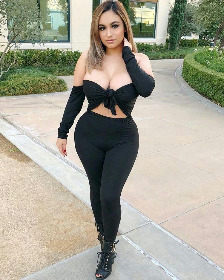 Huge breasts bra