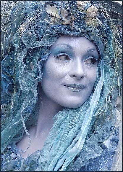 De Amari é a deusa da maternidade e Gypsy Nature. Ela é a Mãe Divina que confere…