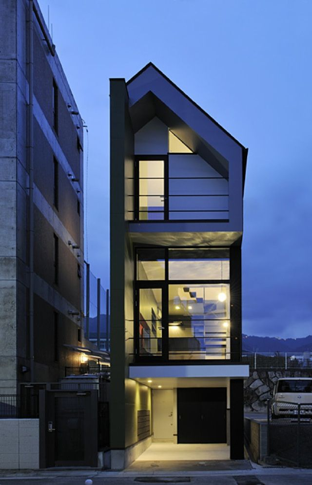 Cramped or not i want to live in these tiny japanese houses spaces room and smallest house - Case giapponesi moderne ...