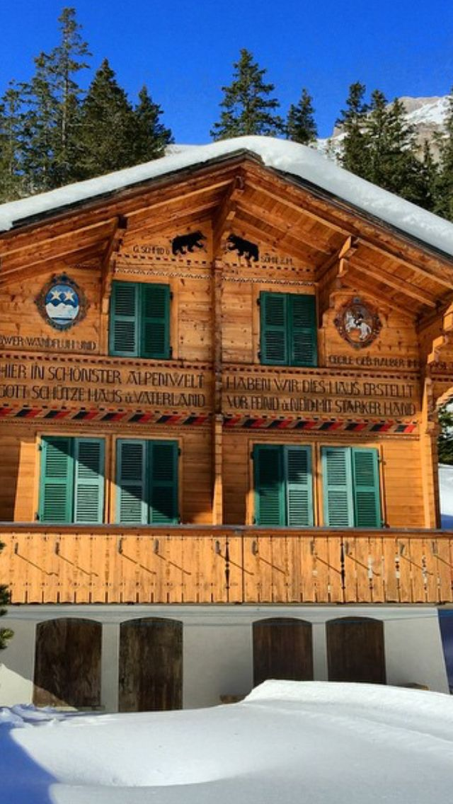 Swiss Chalet Berneroberland Vacation Home With Closed Shutters And Cold Beds Swiss Chalet Swiss House German Houses