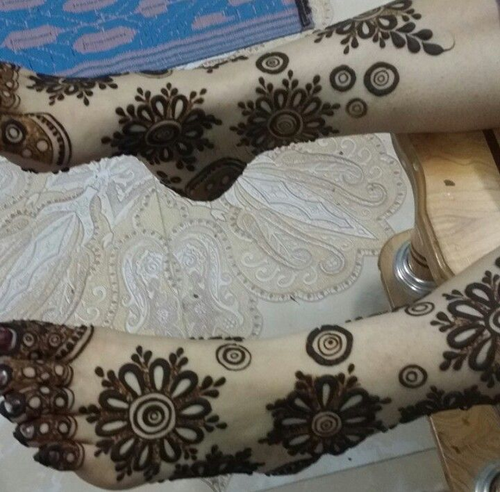 Mehendi On Feet Beautiful Henna Designs Henna Designs Hand Arabic Henna Designs