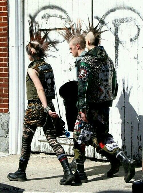 Pin By Susana Munoz On Punks With Images Punk Punk