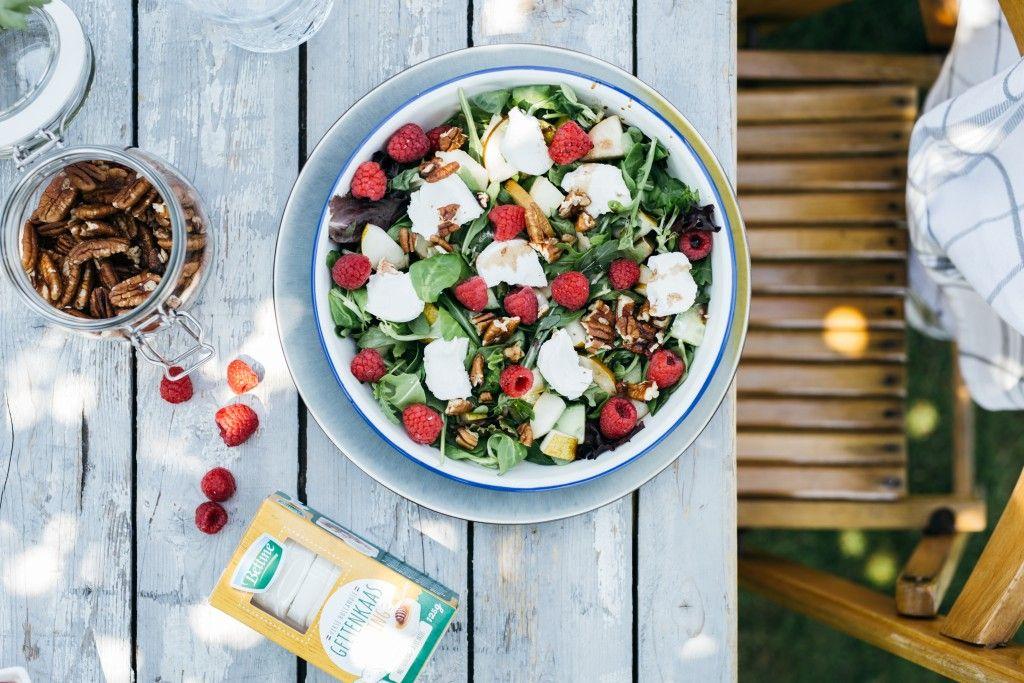 Salade met geitenkaas en frambozen