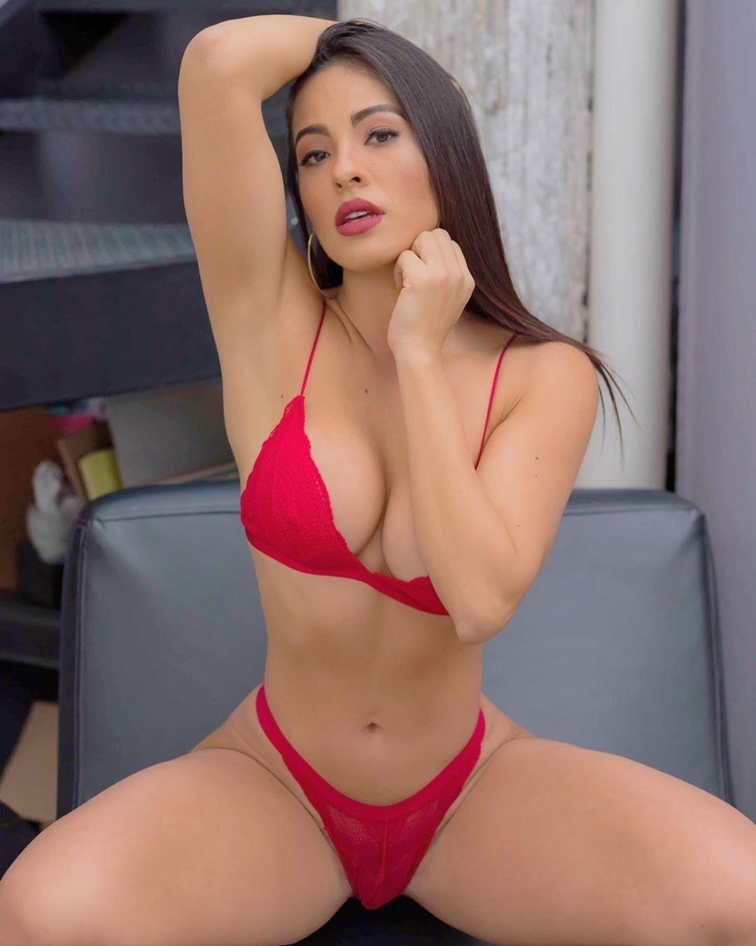 Latina Teen First Porn Casting