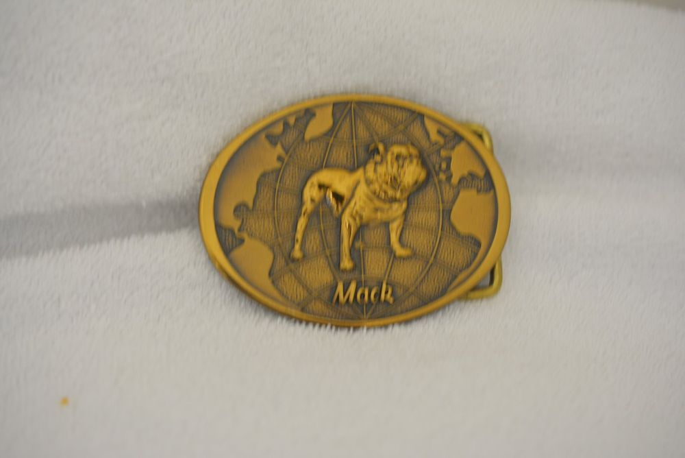 Mack Truck Bulldog World Advertising Logo Coppertone Vintage Belt Buckle