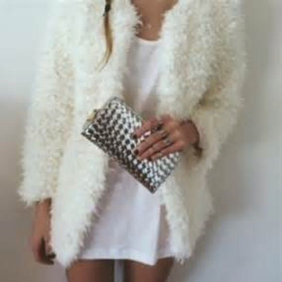 White fluffy cardigan jacket | Flaws