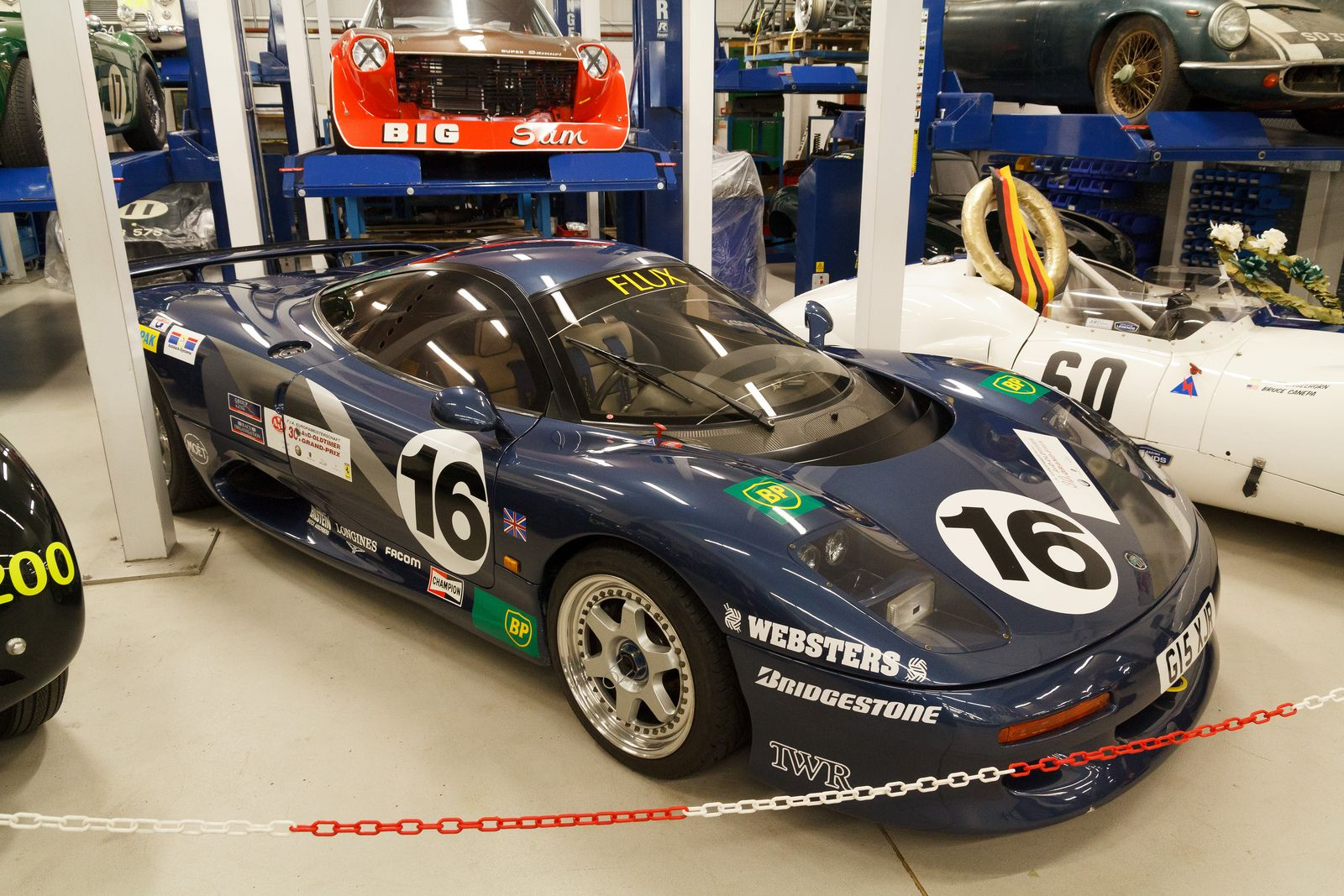 1991 Jaguar XJR-15 | Jaguar, Race cars, Sports car