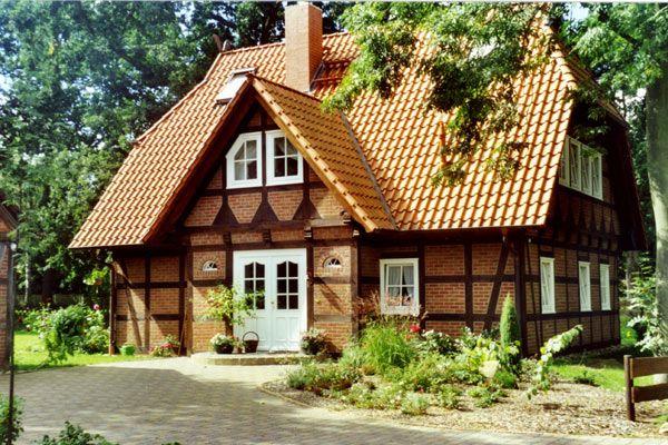 fachwerk fachwerkh user mit klinkerausfachungen casas casas alemanas casas y arquitectura. Black Bedroom Furniture Sets. Home Design Ideas