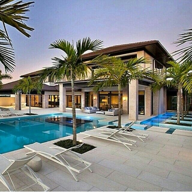 Luxury home and pool~