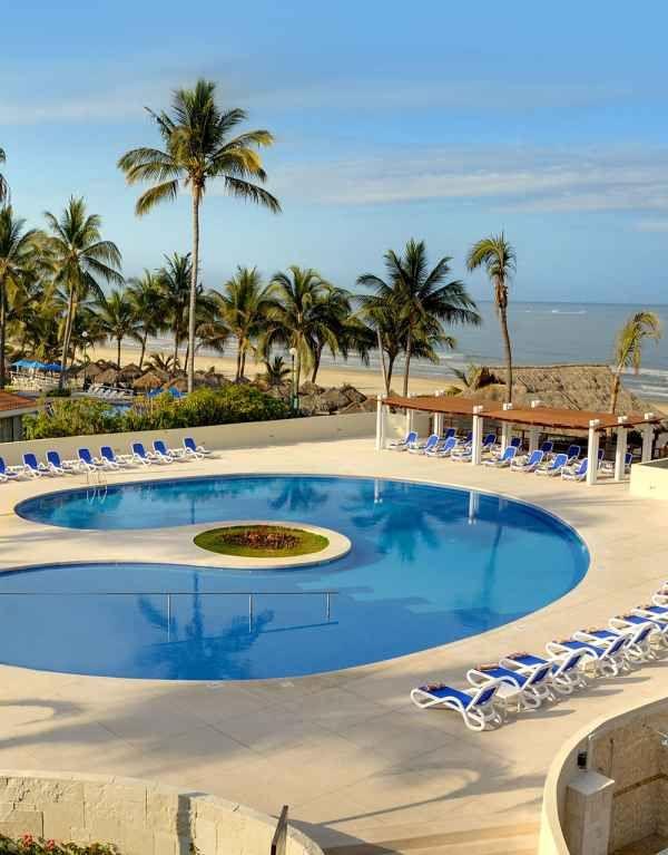 Best AllInclusive Resorts In Pacific Mexico For Romantic Getaways - All inclusive resorts in puerto vallarta