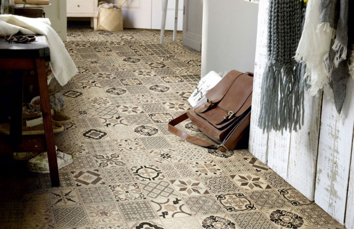 Porto taupe click pvc tegels gang in home house styles