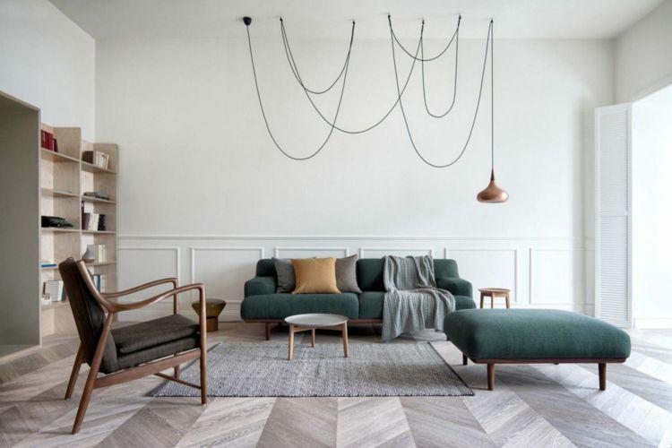 pendelleuchte möbelstücke dunkle farben couch stühle wohnzimmer