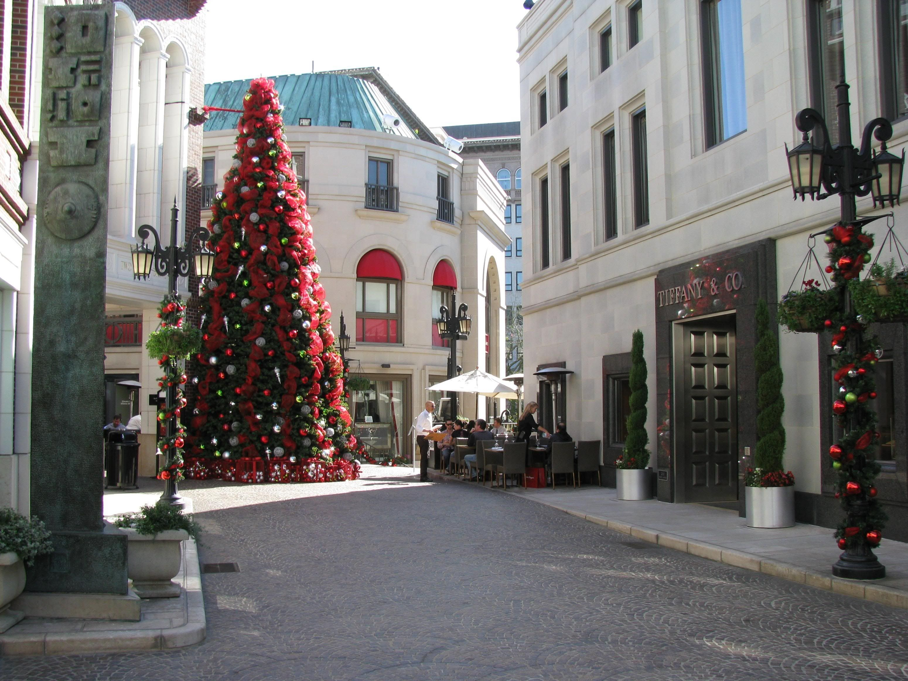 Beverly Hills California at Christmas time.