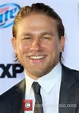 Charlie Hunnam still wants to see Fifty Shades of Grey.