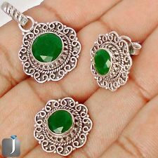 This appealing jewelry set with charming green emerald would look great with your evening party dress..!!  #jewelexi  #silverpendant  #jewelryset  #silverearrings  #jewelry  #silverjewelry