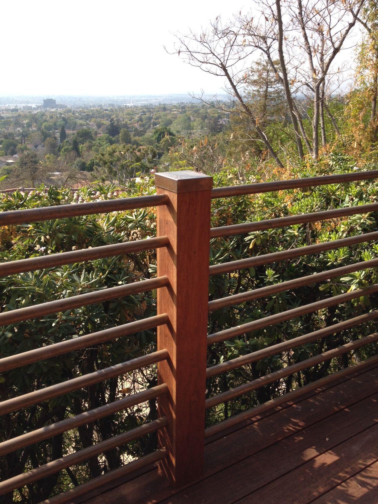 101 DIY: Hog Wire Deck Railing (With images)   Deck ...