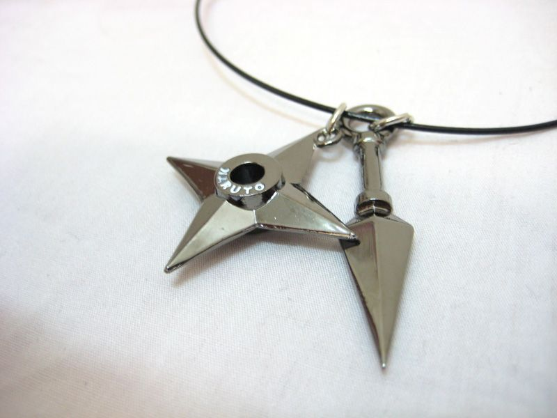 kunai AND shuriken?!? I love it!!