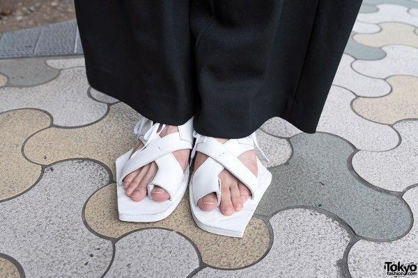 Wide Leg Pants & Sandals