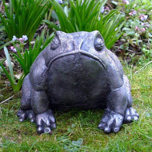 Amazing Large Metal Frog Garden Ornament