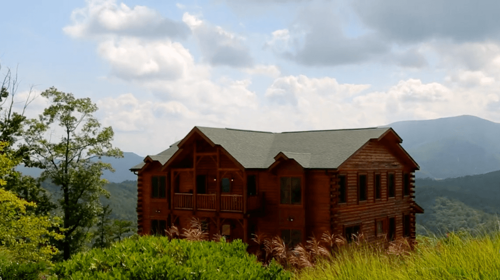 Find A Large Cabin Rental In Gatlinburg Pigeon Forge Tn Beautiful Cabins Cabin Rentals Open Layout