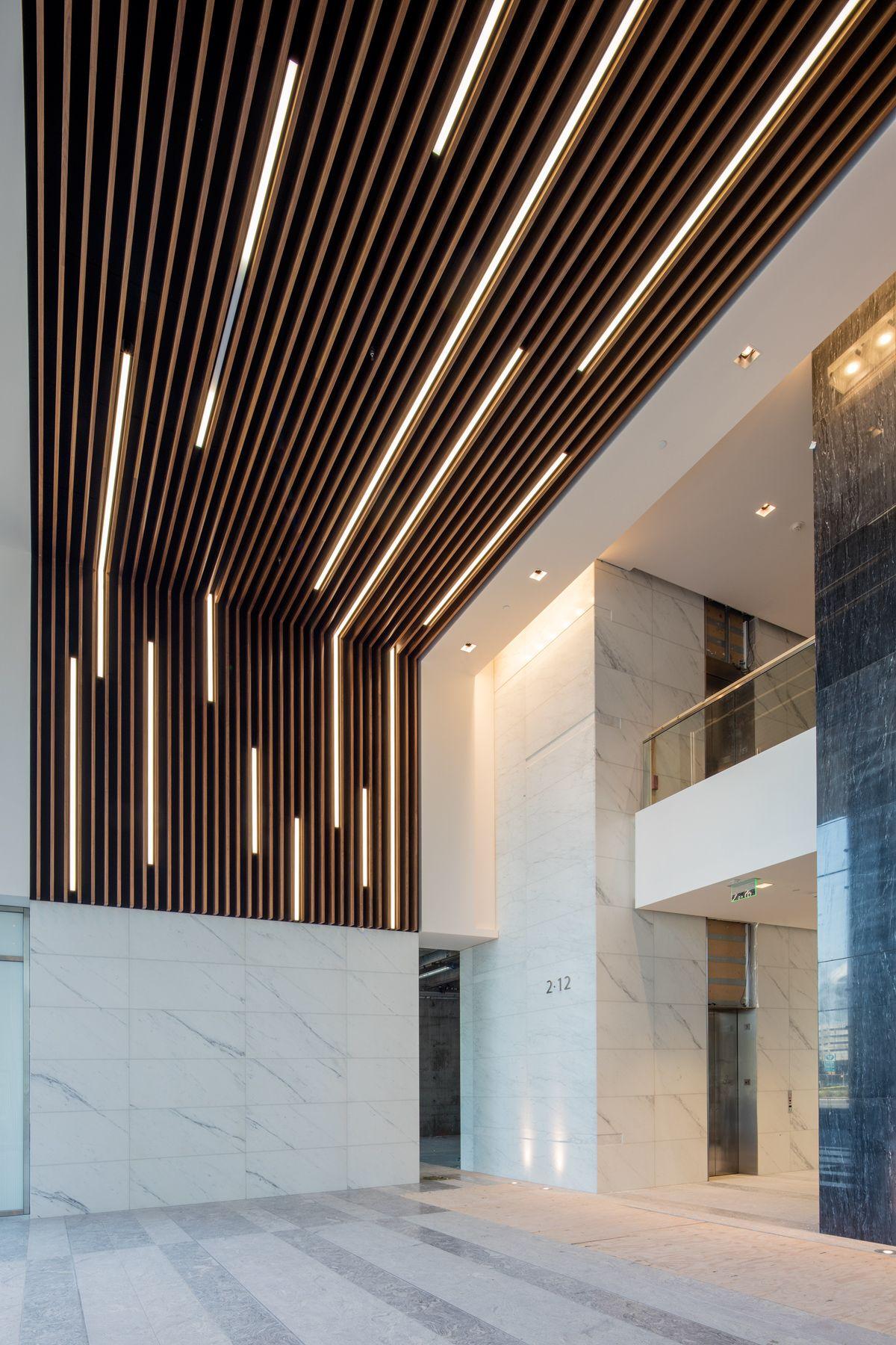 Lg Ec4hus 100f Jpg 1200 1800 Modern Office Design Wood Slat Ceiling False Ceiling Design
