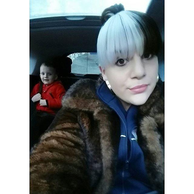 April Jessica  @addictedtochange School run selfie...Instagram photo | Websta (Webstagram)