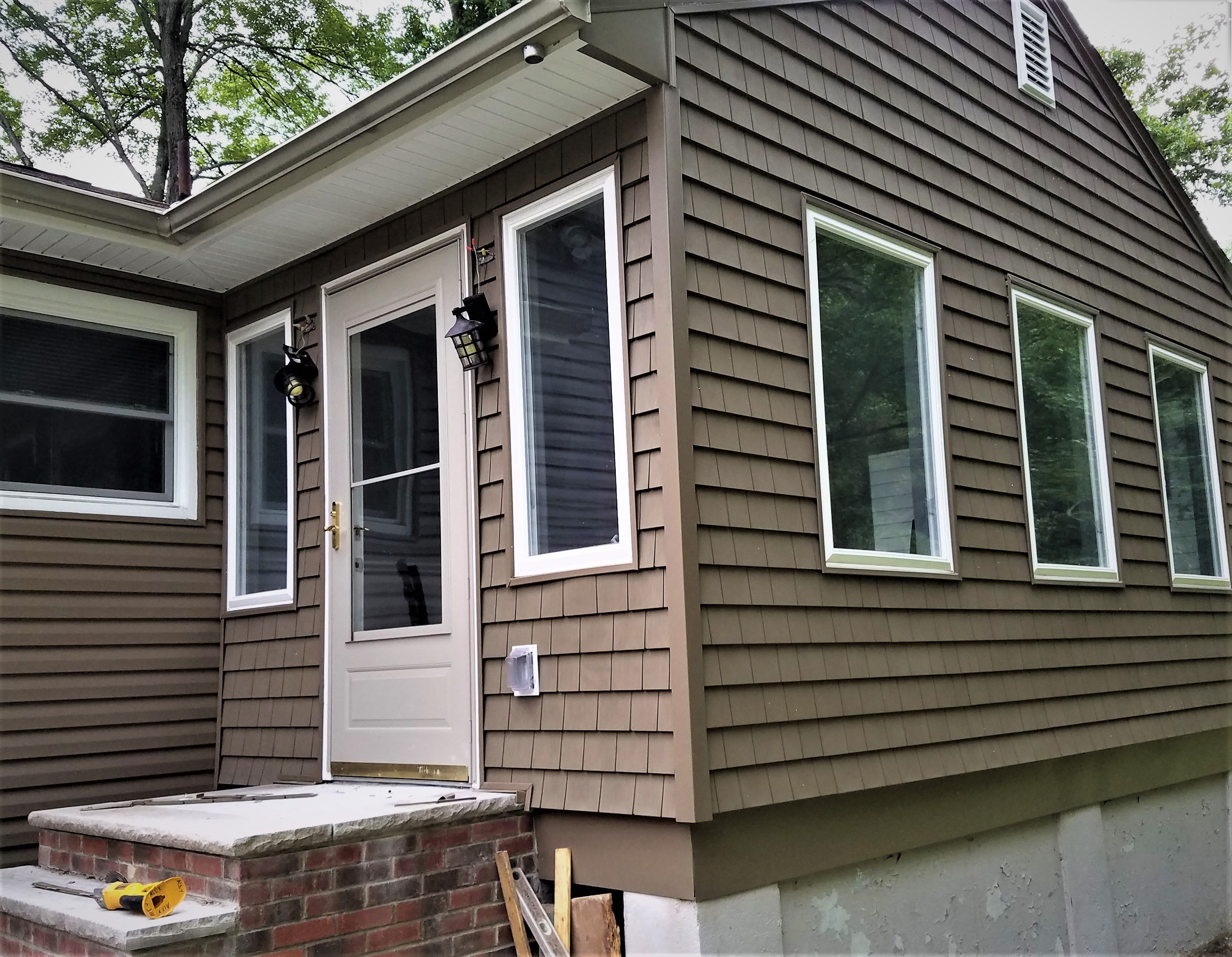 Canyon Drift Colored Charter Oak Dutchlap And Cape Cod Shingle Siding Install In West Orange Nj Shingle Siding House Exterior Global Home