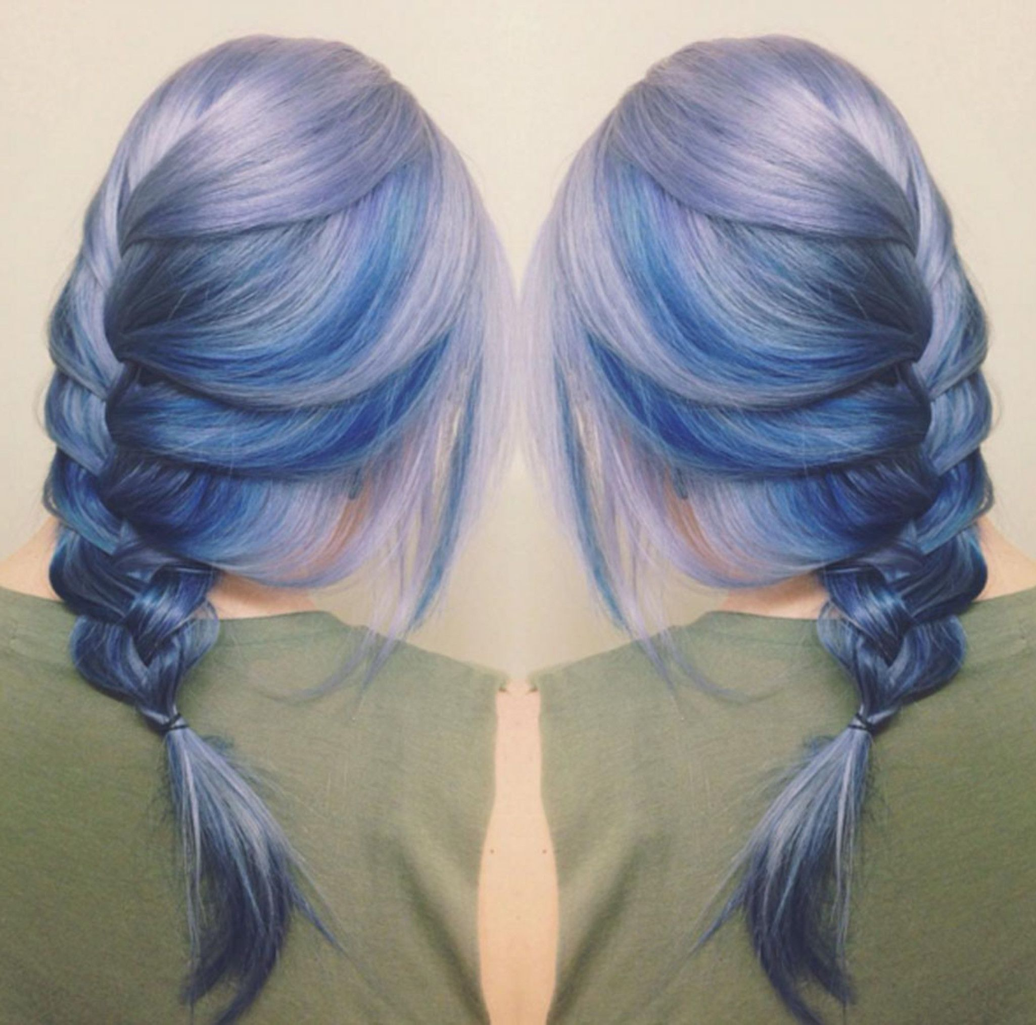 It's been quite a year for brightly colored hair, but the hair color gods have saved the best for last: moonstone.