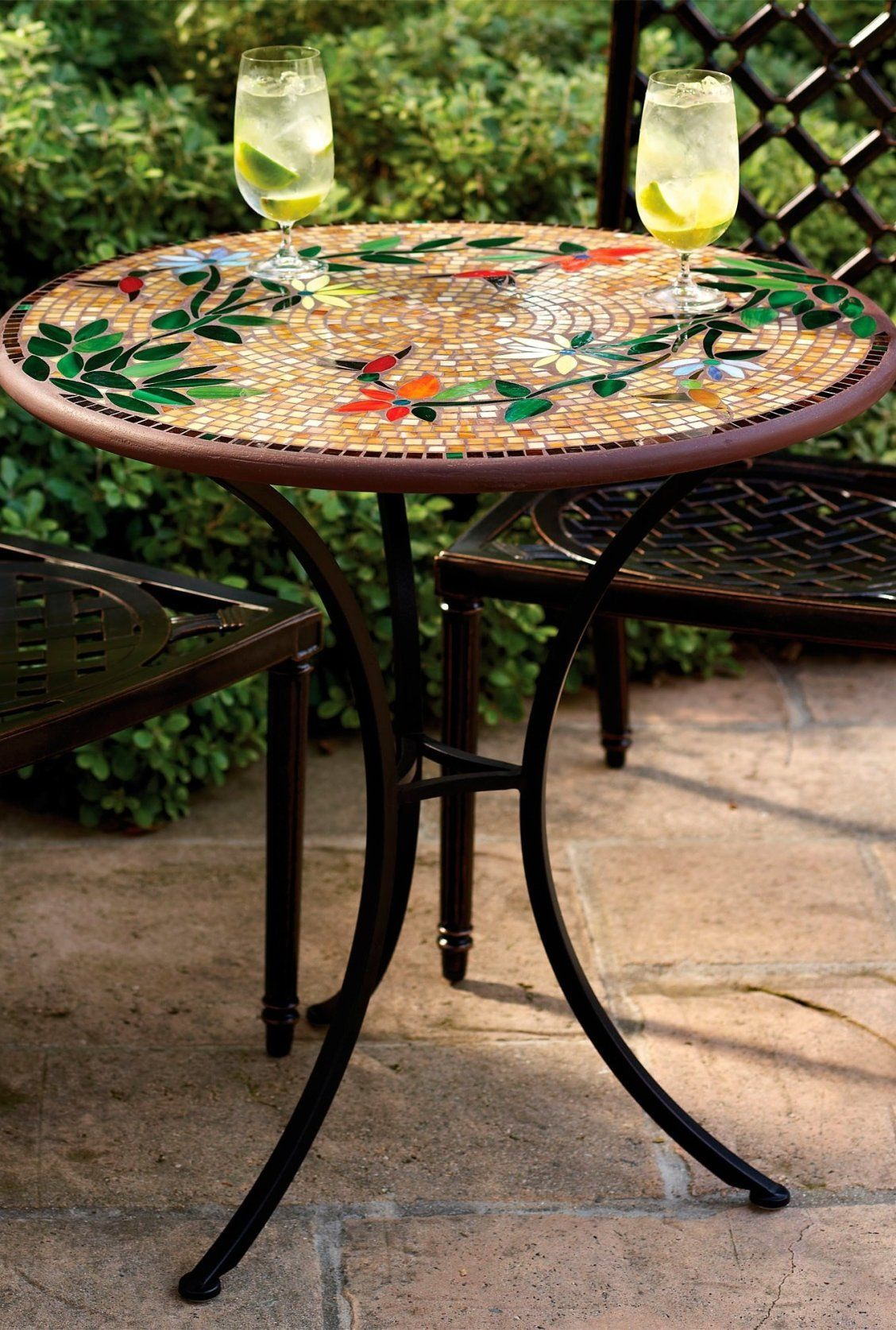 Barbera Heron Round Coffee Table