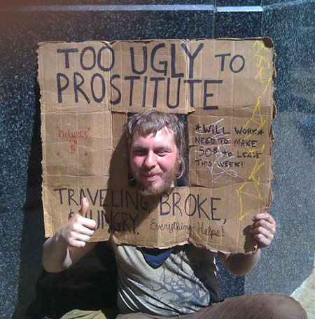 11 Funny Signs From Homeless People - Uphaa.com