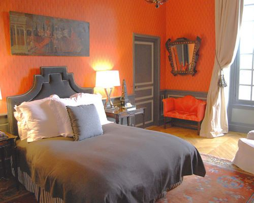 Merveilleux An Unexpected Color Palette Of Orange And Grey Brings New Life To A  Traditional Bedroom.