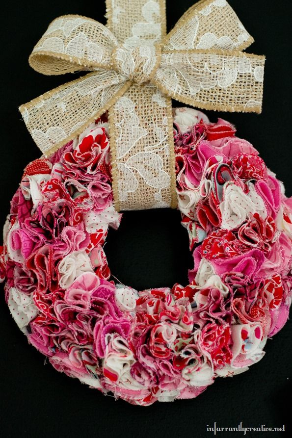 Photo of Valentine's trio of mini frilled wreaths – incredibly creative