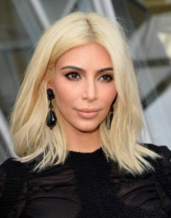 Kim Kardashian On Platinum Blond Hair In 2011 It Wouldn T Work On Me Haarschnitt Bob Haarschnitt Kurz Bob Frisur