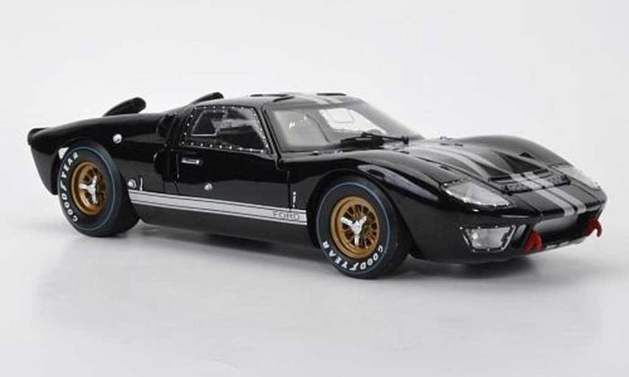 shelby collectibles scale 118 ford gt40 mk2 1966