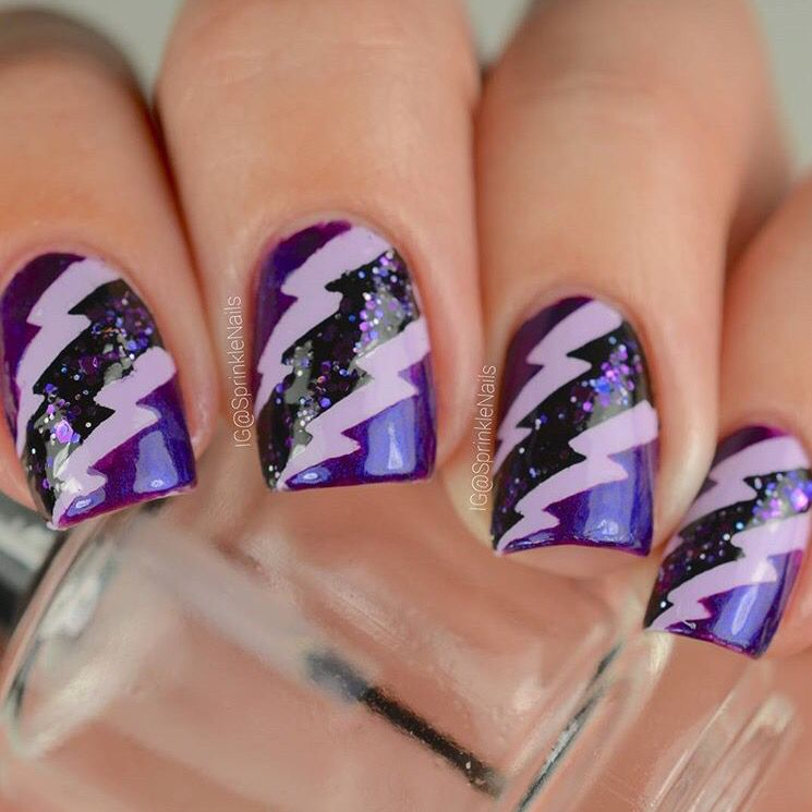 Jazz Up Your Plain Manicure With Our Lightning Nail Vinyls Small Fit On All Sizes And Are Extremely Easy To L