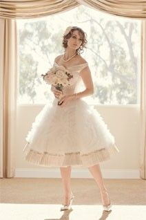 @Heather Romaine I just adore this dress - had to share