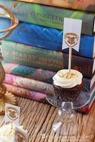 Célébrez l'arrivée de Harry Potter et l'Enfant maudit en beauté!