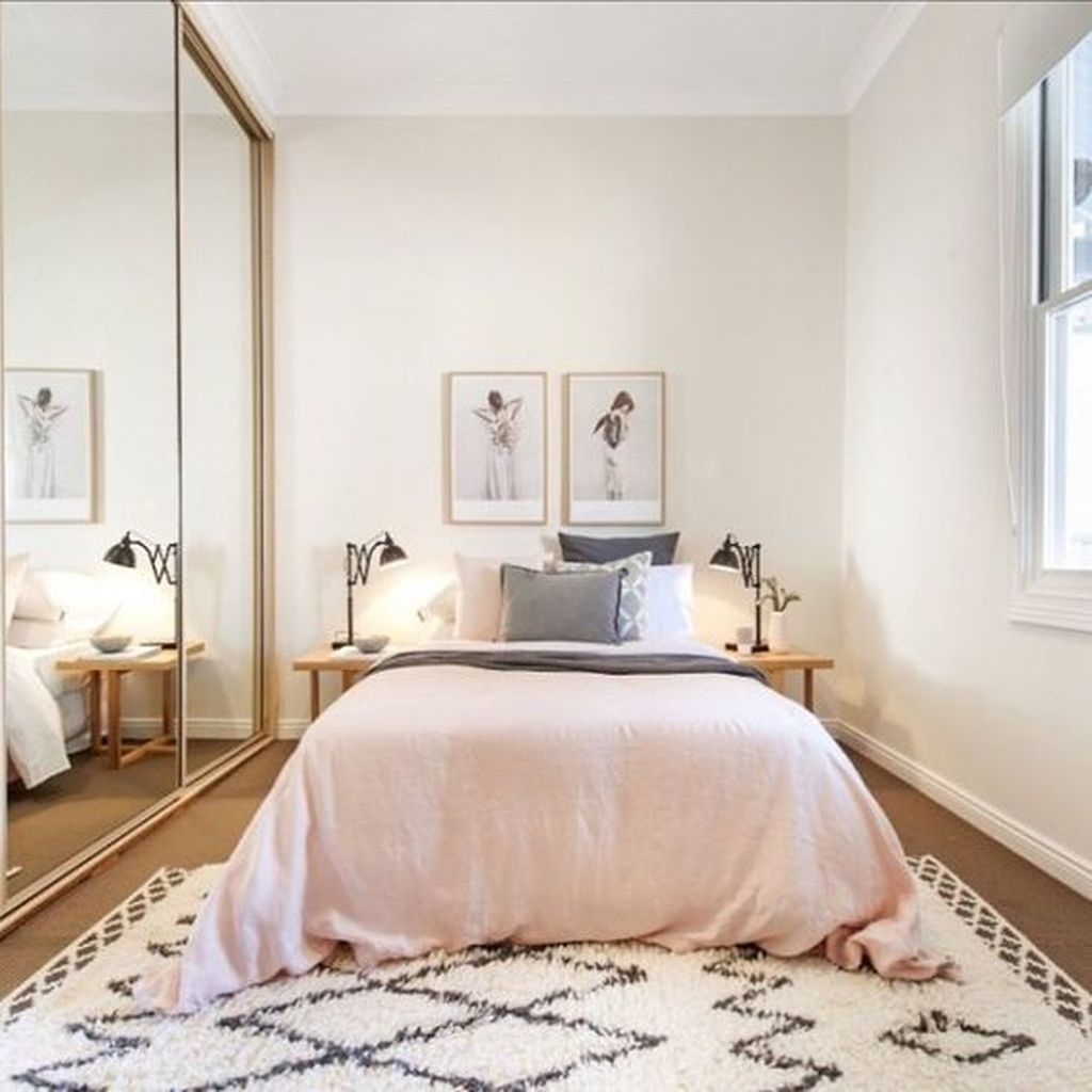 46 Cozy Master Bedroom Ideas For Your Tiny Apartment Bedroom
