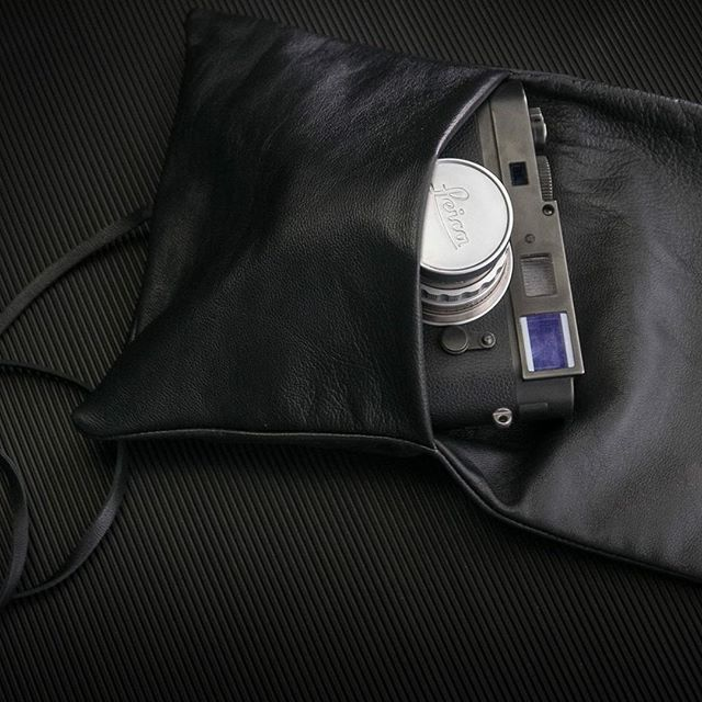 Soft Napa Pouch For The Leica Ms With A Lens On Www Tieherup Eu Products Soft Napa Leather Pouch For Leica Ms Leica Leicapouch Cameraporn Cameralove C