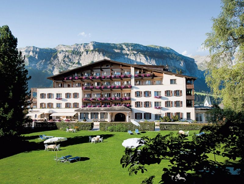 Gewinne mit dem TCS Wettbewerb Ferien in Flims für 2, inklusive 2 Nächte im 4-Sterne Hotel Adula in Flims-Waldhaus im Wert von 1'200 Franken!  Im Gewinn sind ein reichhaltiges Frühstück vom Buffet, tägliches 5-Gang-Gourmet-Dinner und freie Nutzung des Wellnessbereiches dabei.  Nehme hier teil und gewinne: http://www.ich-brauche-ferien.ch/gewinne-ein-weekend-in-flims-im-wert-von-1200/