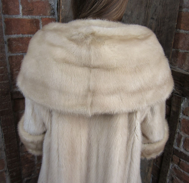 Mink Coat Stunning Pearl Vintage Mink W/ Huge Portrait Collar ...