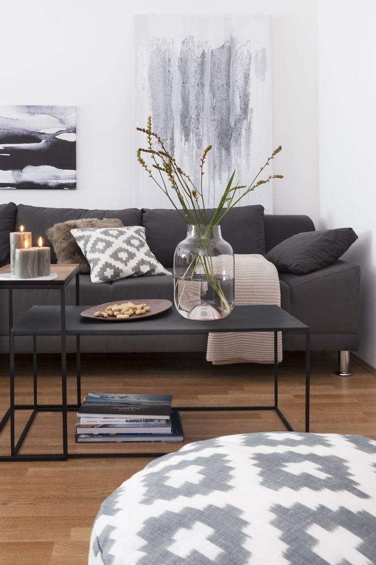 Wohnzimmer Grau Grauer Teppich Weisser Bodenbelag Skandinavisch