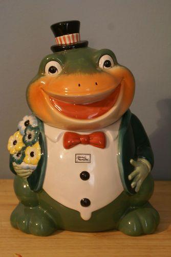 Dept 56 Frog Cookie Jar | Cookie Jars | Pinterest | Frog cookies ...