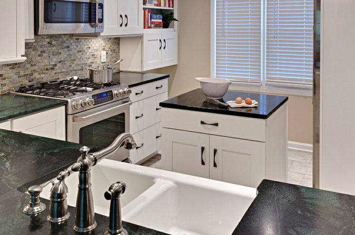 Small kitchen with island - 24 elegant kitchen solutions | Kitchen ...